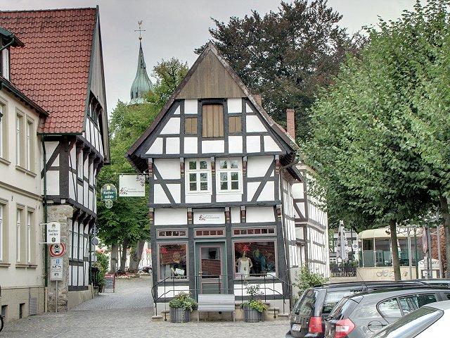 Kirchplatz 07