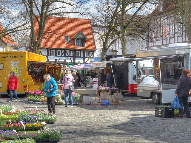 wochenmarkt_april2016_640_02